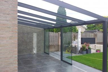 Terraspro Pergola - Mat Antraciet met Glazen Dak en Glazen Schuifdeuren