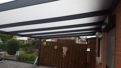 Moderne terrasoverkapping 5 x 4 meter antraciet te Maasmechelen